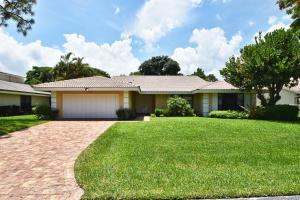 652 Lakewoode Circle W, Delray Beach, FL 33445