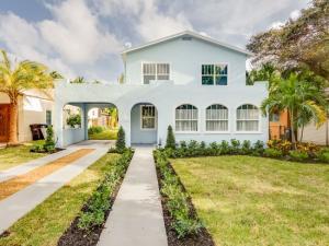 738 Biscayne Drive, West Palm Beach, FL 33401