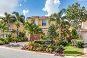 8941 Sandy Crest Lane, Boynton Beach, FL 33473