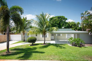 713 Huckleberry Lane, North Palm Beach, FL 33408