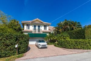 943 NE 24th Street, Boca Raton, FL 33431