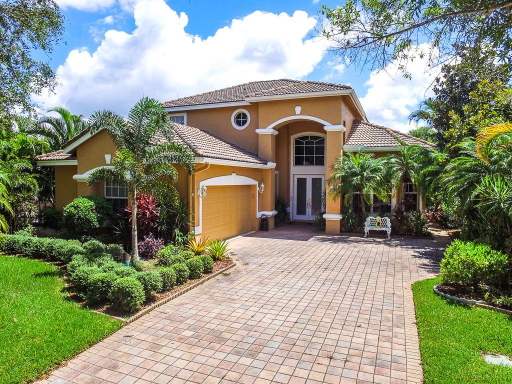 8254 Riviera Way, Port Saint Lucie, Florida 34986, 4 Bedrooms Bedrooms, ,2.1 BathroomsBathrooms,Single Family,For Sale,Clubside,Riviera,RX-10355674