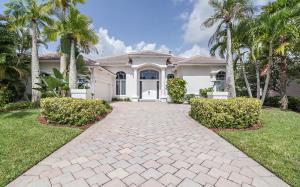 13 Cayman Place, Palm Beach Gardens, FL 33418