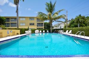 80 Venetian Drive, 206s, Delray Beach, FL 33483