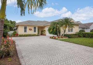 8269 Bob O Link Drive, West Palm Beach, FL 33412