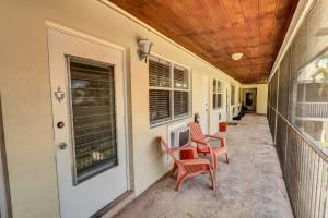 520 NE 7th Avenue, 2b, Delray Beach, FL 33483