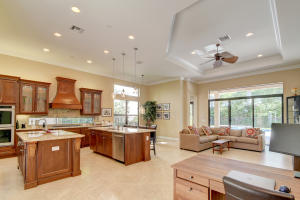 8574 Lewis River Road, Delray Beach, FL 33446