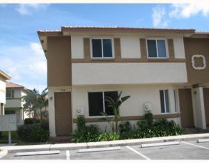 1928 Hibiscus Lane, West Palm Beach, FL 33404