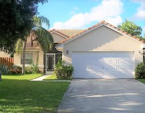 3763 S Lancewood Place, Delray Beach, FL 33483