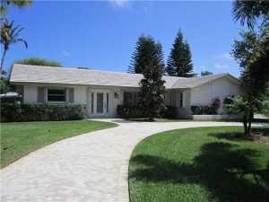 8662 SE Soundings Place, Hobe Sound, FL 33455