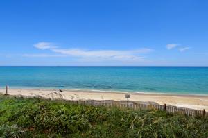 5510 Ocean Drive, Singer Island, FL 33404