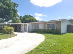 114 Swan Parkway W, West Palm Beach, FL 33411