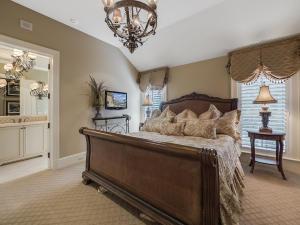 Guest Bedroom 5