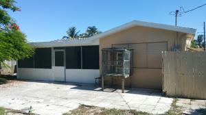 221 SW 8th Avenue, Boynton Beach, FL 33435