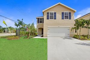 3762 Whitney Park Lane, Greenacres, FL 33463