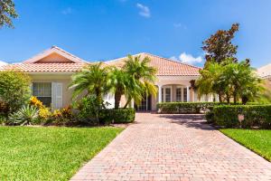 8970 Oldham Way, Palm Beach Gardens, FL 33412