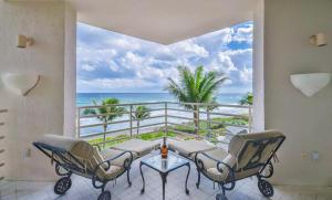 800 S Ocean Boulevard, 302, Boca Raton, FL 33432