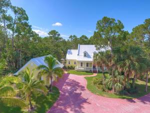 18441 Island Oak Avenue, Jupiter, FL 33478