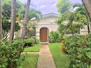 101 SW 8th Court, Delray Beach, FL 33444