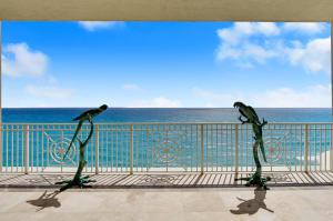 5310 N Ocean Drive, Singer Island, FL 33404