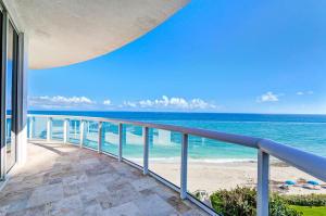 4600 Ocean Drive, Singer Island, FL 33404