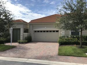 108 Coral Cay Drive, Palm Beach Gardens, FL 33418