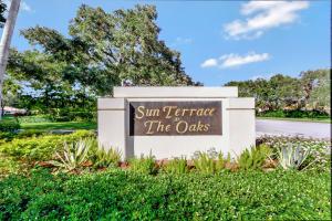 8604 Chapman Oak Court, Palm Beach Gardens, FL 33410