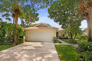 152 Lost Bridge Drive, Palm Beach Gardens, FL 33410