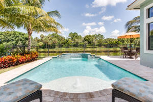 9523 Eden Roc Court, Delray Beach, FL 33446