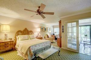 8286 Boca Glades Boulevard E, Boca Raton, FL 33434