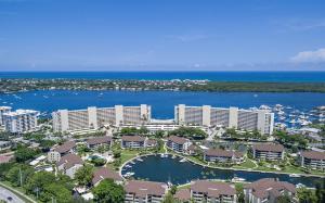 1132 Marine Way, North Palm Beach, FL 33408