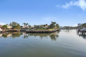711 Cable Beach Lane, North Palm Beach, FL 33410