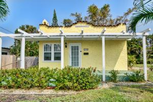 209 N Swinton Avenue, Delray Beach, FL 33444