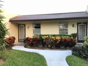142 Lake Gloria Drive, West Palm Beach, FL 33411