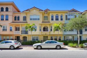 2475 San Pietro Circle, Palm Beach Gardens, FL 33410