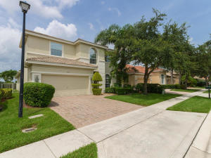 7850 Monarch Court, Delray Beach, FL 33446