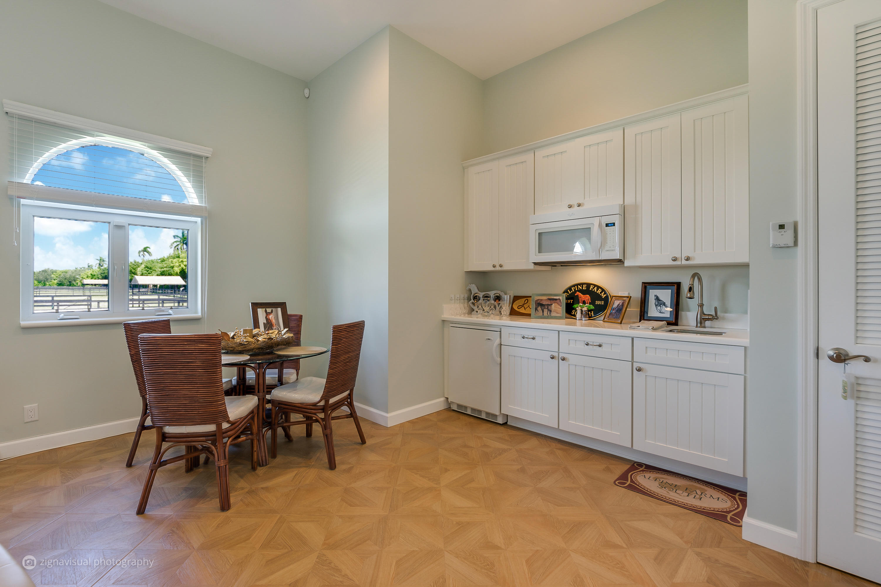 12548 Equine Lane, Wellington, Florida 33414, 2 Bedrooms Bedrooms, ,4 BathroomsBathrooms,Single Family,For Sale,Equestrian Club,Equine,RX-10368047