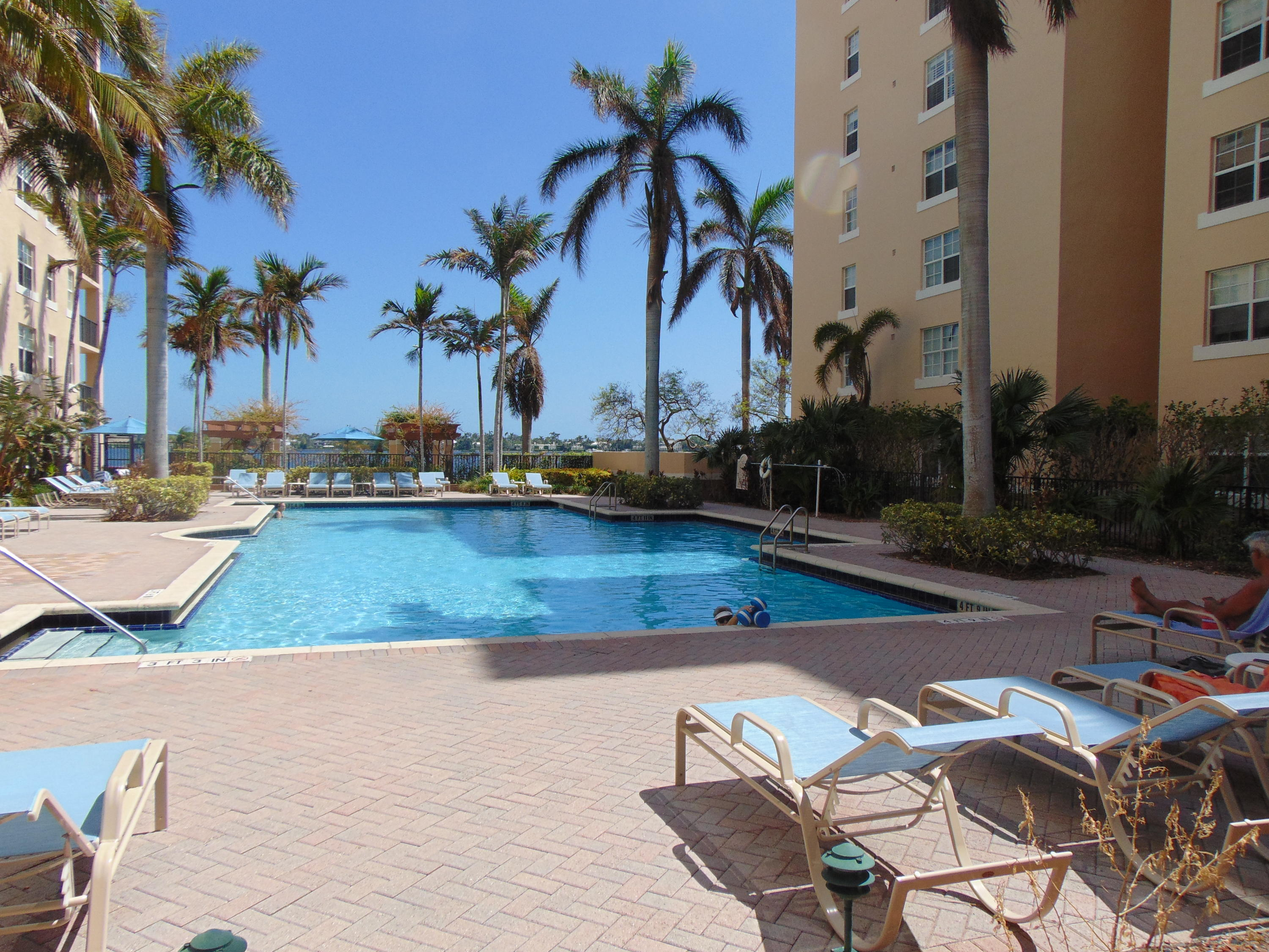 1801 Flagler Drive, West Palm Beach, Florida 33407, 1 Bedroom Bedrooms, ,1 BathroomBathrooms,Condo/Coop,For Sale,Flagler,4,RX-10367944