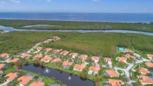 Lake Front - Community Marina