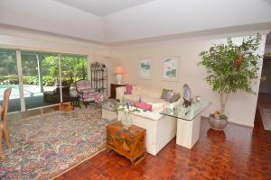 594 SW Thornhill Lane, Palm City, FL 34990