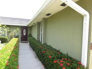 9926 Dogwood Avenue, Palm Beach Gardens, FL 33410