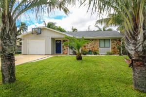 5598 SE Pine Avenue, Stuart, FL 34997