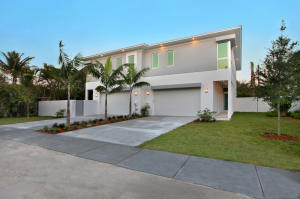 1220 NE 8 Th Avenue, Delray Beach, FL 33483
