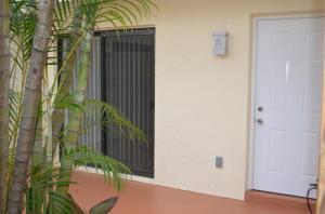 635 Executive Center Drive, West Palm Beach, FL 33401