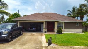 149 Granada Drive, Palm Springs, FL 33461