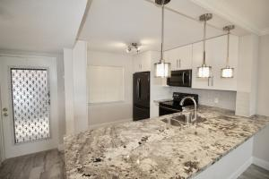 930 Dogwood Drive, 155, Delray Beach, FL 33483