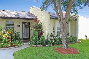 219 Lake Meryl Drive, West Palm Beach, FL 33411