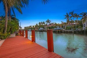 797 Harbour Isle Court, North Palm Beach, FL 33410