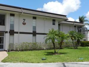 7 Greenway Village N, 210, Royal Palm Beach, FL 33411