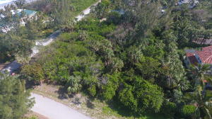 100 Beach Road, Hobe Sound, FL 33455